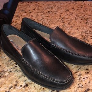 Giorgio Brutini 100% leather loafers